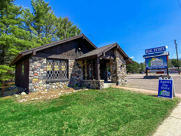 Lake houses for sale in Oneida County, Wisconsin